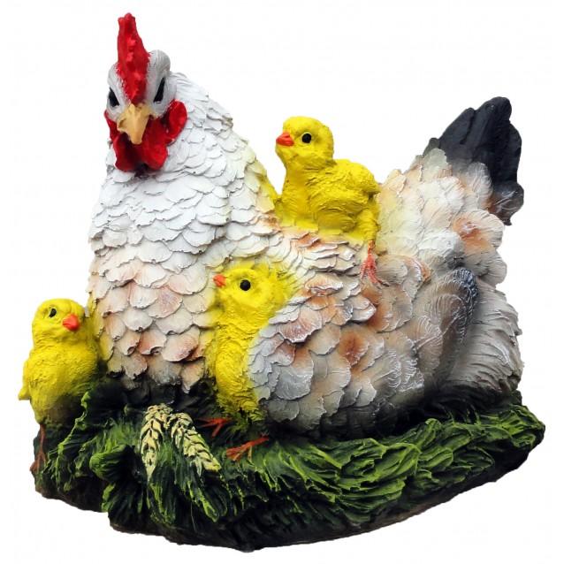 Скульптура «Курочка с цыплятами» сидя