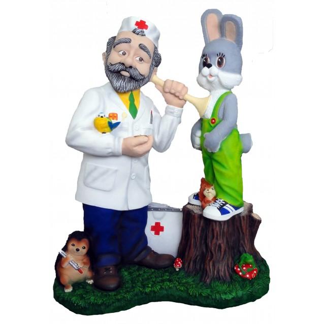 Скульптура «Доктор Айболит»