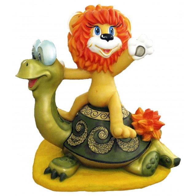 Скульптура «Черепаха и Львёнок»