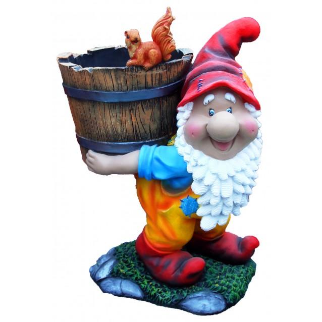 Скульптура «Гном с ведром»