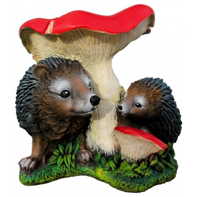 Скульптура «Ёж с ежонком под грибом»