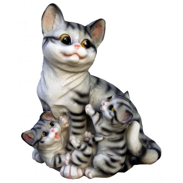 Скульптура «Кошка с котятами»